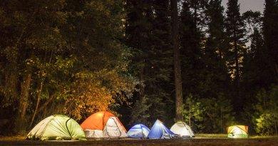 Camping de nuit avec électricité